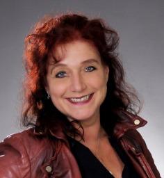 Frau Kerstin Path IHK-geprüfte Maklerin Ihre kompetente Ansprechpartnerin